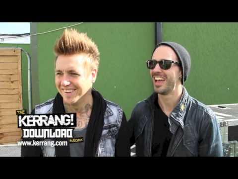 Kerrang! Podcast: Papa Roach