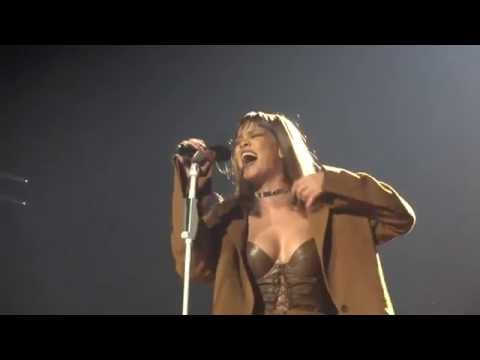 Rihanna - Love On The Brain [live FULL HD]