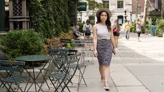 STREET STYLE: Classic Summer Stripe Dress