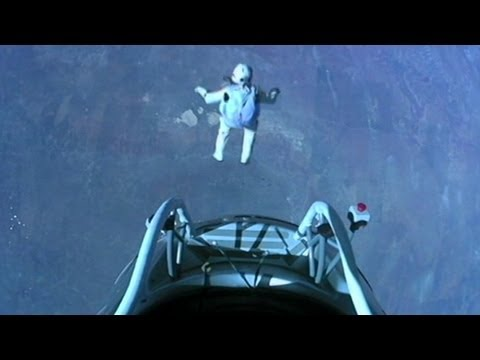 Red Bull Stratos Space Jump; Daredevil's Felix Baumgartner Supersonic Skydive Breaks Records
