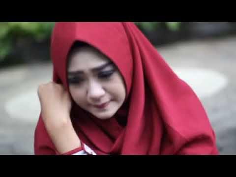 Adenteah - Laila Fajri [OFFICIAL]