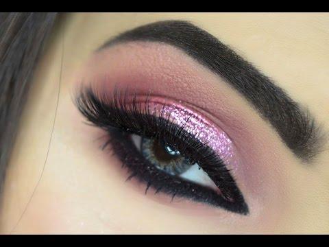 Makeup: Pink Glitter Eye Makeup