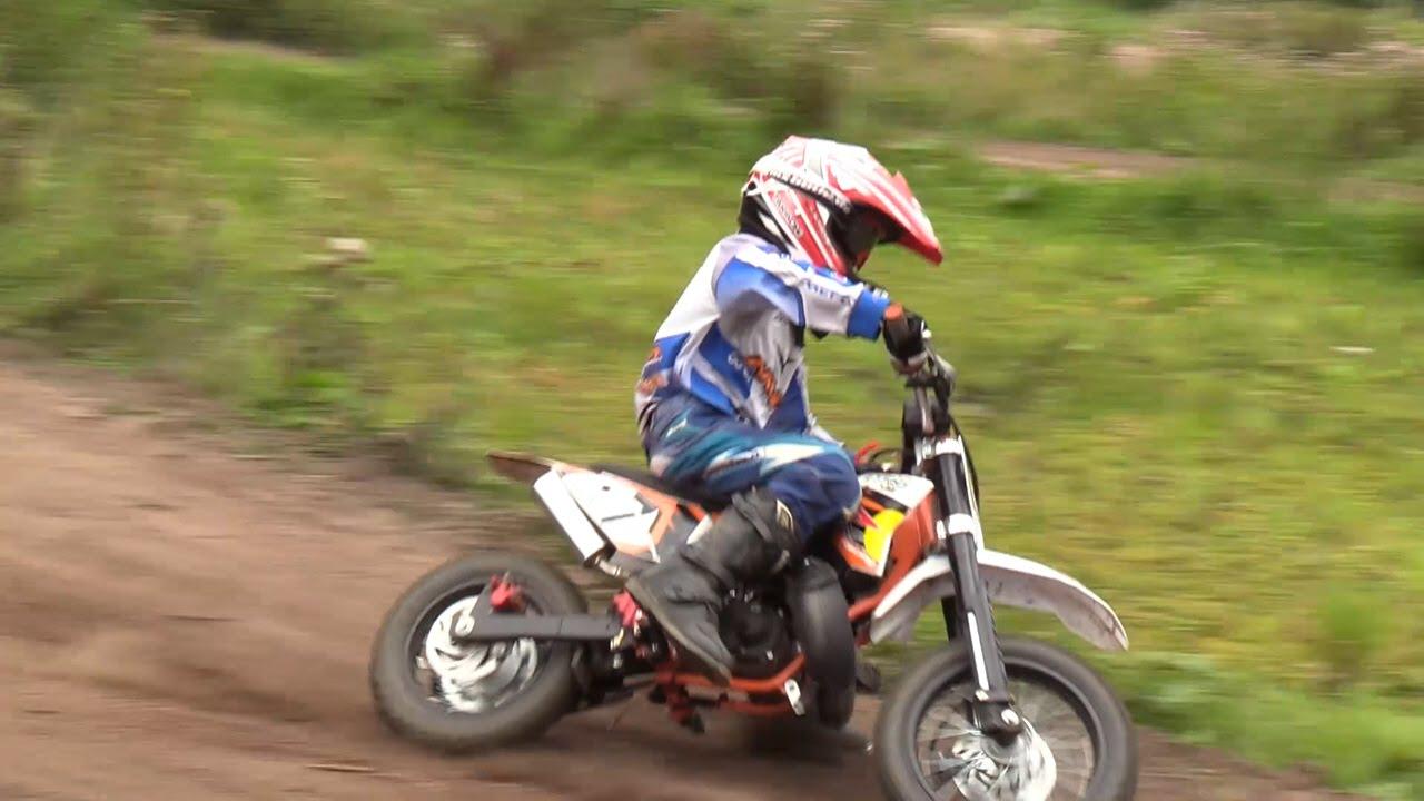 kinder motocross  echt cool