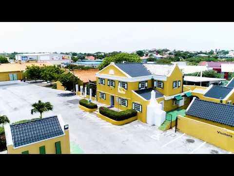 Curaçao: Feel It For Yourself - Blue Curaçao Liqueur