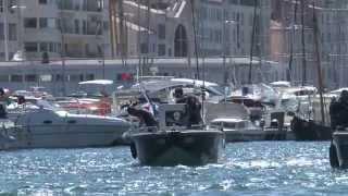 Plongée dans le vieux port de Marseille // Opération Mare Nostrum