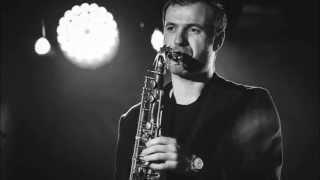 Juozas Kuraitis - Paroles Paroles (Dalida & Alain Delon) Saxophone Cover