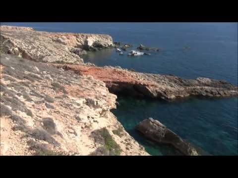 A coastal walk to Ghar Lapsi