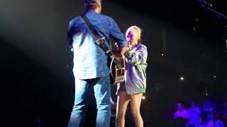 Blake Shelton & Gwen Stafani ~ Go Ahead and Break My Heart ~ Moline, IL ~ 02/23/2018