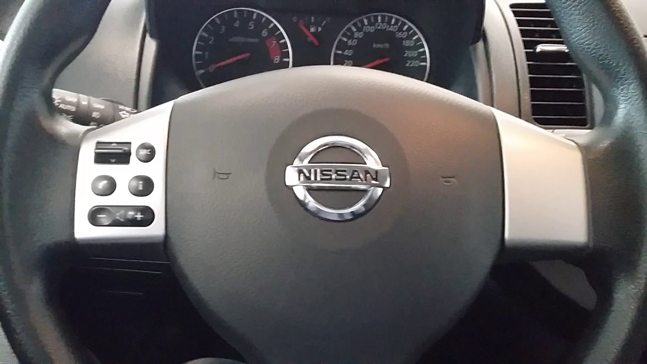 Купить Nissan Note (Ниссан Ноут) 2011 г. с пробегом бу в Саратове .