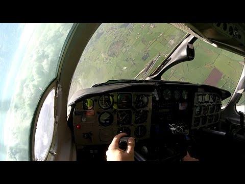 Décrochage - PA31 Chieftain - Cockpit View - Full HD (1080p)