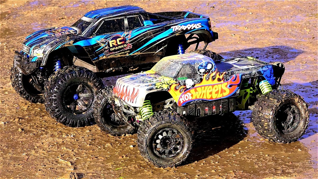 RC ADVENTURES TRAXXAS X MAXX vs HPi SAVAGE FLUX XL HOT WHEELS 4x4 Monster Truck Madness