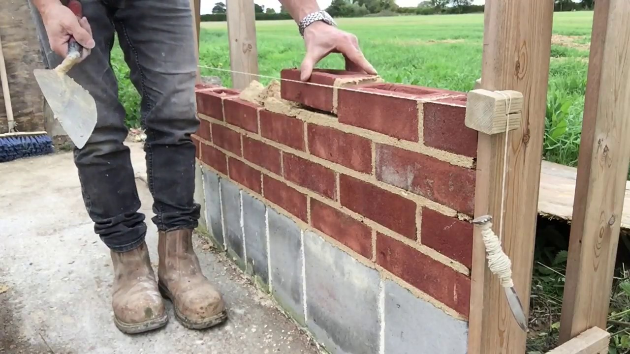 How to Lay Bricks: Bricklaying Tips and Advice for the DIYer