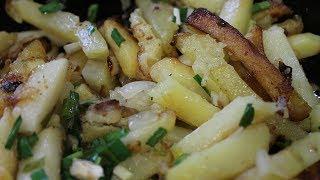 как жарить картошку на чугунной сковороде