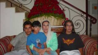 Benazir Bhutto ,A tribute to those she left behind.