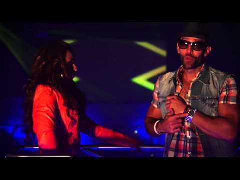 Elida Reyna Y Avante - Muevelo Asi con participacion de Yeyo (Official Video)