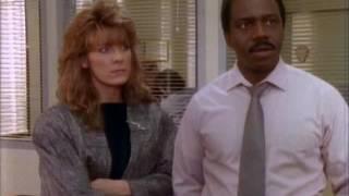 Кувалда / Sledge Hammer! (2 сезон: 19 серия)