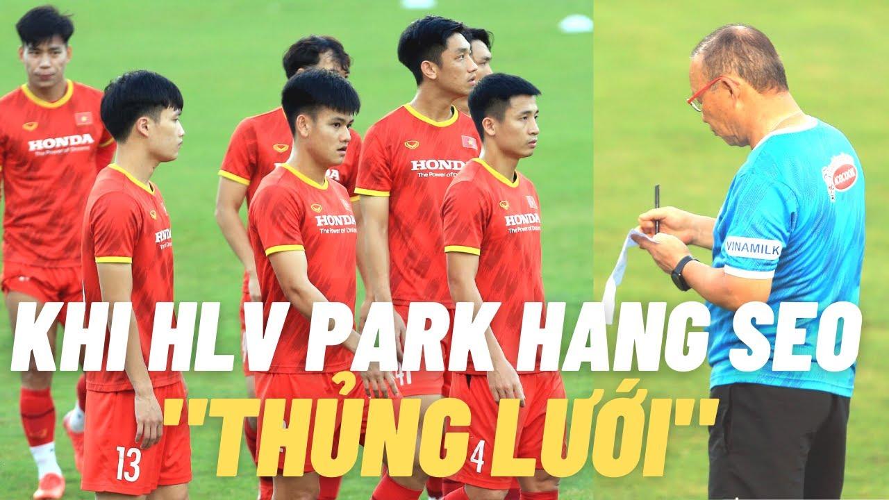 HLV Park Hang Seo & bài toán hàng thủ thủng 13 bàn trong 5 trận
