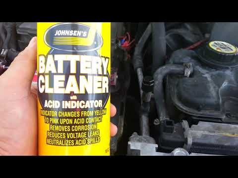 Car Battery Terminal Cleaner foaming spray cleans corrosion