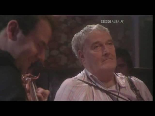 Seamus Begley and Tim Edey on BBC's Horo Gheallaidh Jan '10