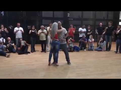 Albir and Sara Bachata dance - Cмотреть видео онлайн с youtube, скачать бесплатно с ютуба