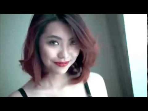 Nữ sinh Hà Nội quay clip quảng cáo đồ lót gây sốt cộng đồng mạng