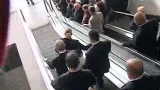 Kılıçdaroğlu Merdivenleri Karıştırırsa