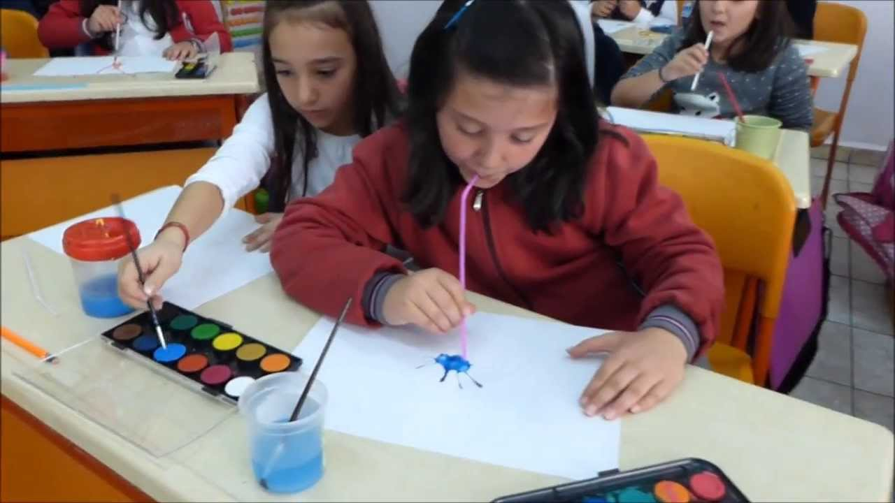 3 A Sınıfı Afacanları Görsel Sanatlar Dersinde Suluboya çalışmasında