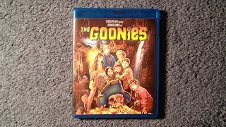 Unboxing The Goonies Blu-Ray