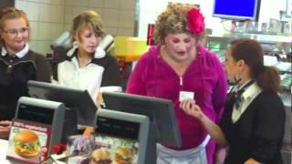 Cindy aus Marzahn bei McDonald