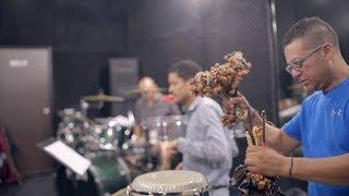 Cumbia & Jazz fusión: el encuentro entre la cumbia y Charles Mingus -Festival Jazz al Parque | Shock