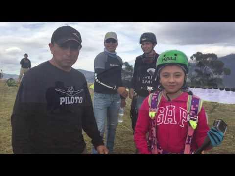 Vuelos en Parapente y deportes  Extremos en Quito - Ecuador 2016