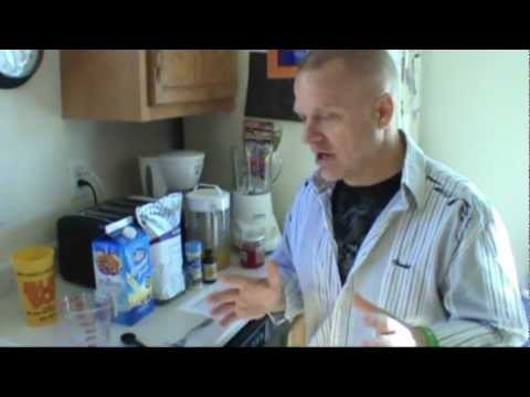 How To Make a Smoothie With a Blender