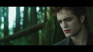 THE TWILIGHT SAGA: NEW MOON - Trailer thumbnail