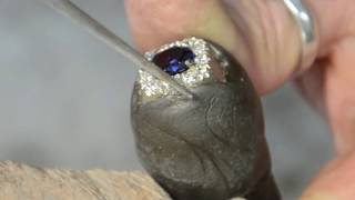 handmade gold ring with blue sapphire and diamonds-gold&diamond