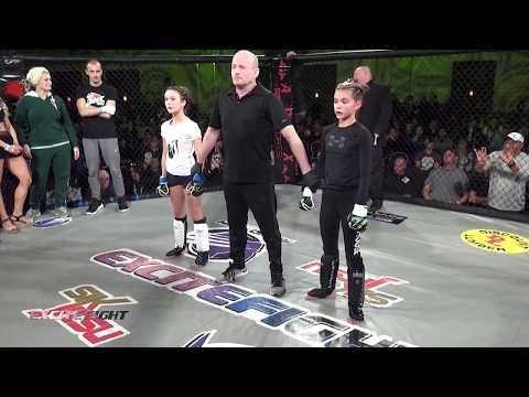 RAW VIDEO: Pre-teen girls MMA fight at casino near Spokane