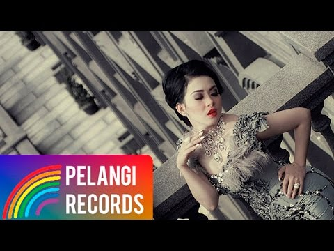 Pop - Syahrini - Cinta Tapi Gengsi (Official Music Video)