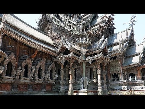 Pattaya The Sanctuary Of Truth  is about 105 meters high. Great Attraction, you have to see