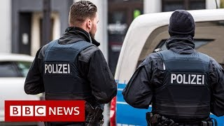 Nine dead after gun attacks on Germany shisha bars - BBC News