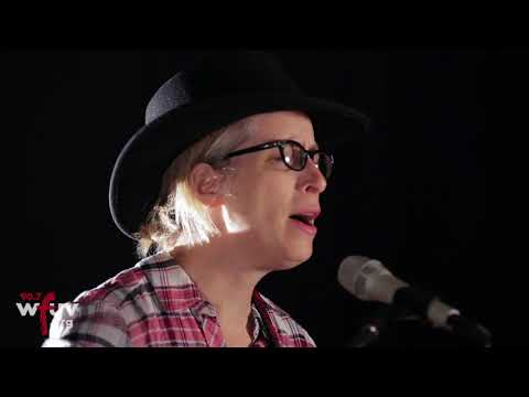 "Laura Veirs - ""Seven Falls"" (Live at WFUV)"