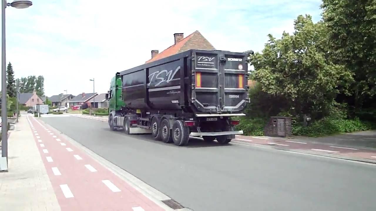 Transport Scherrens vertraagt en gast