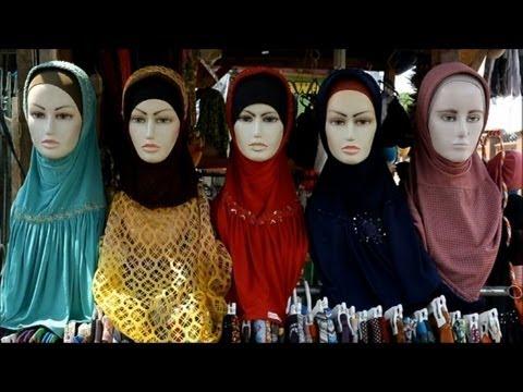 Indonesian 'Hijabers' buy into an Islamic economy