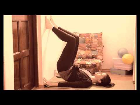 10 beneficios de poner tus piernas arriba en la pared: Clase Restaurativa #5