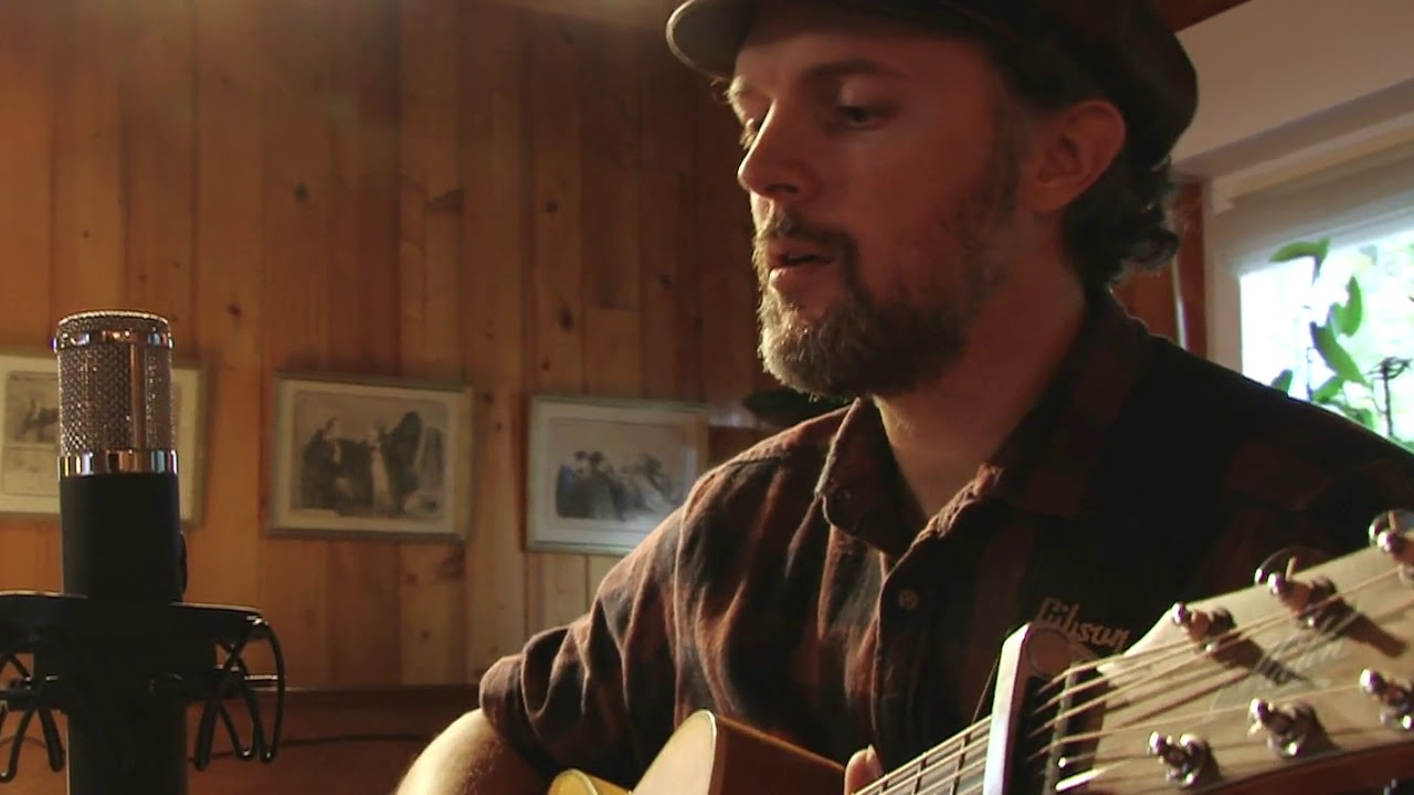 Vince Lahay - Live session at Altsonik studio - (These wooden arms/Golden stone)