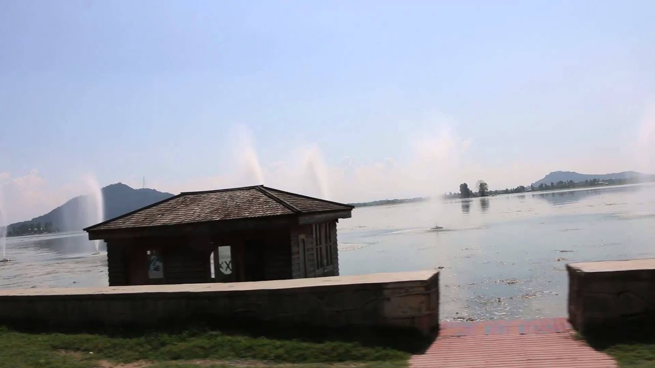 Beautiful srinagar dal lake shikara boat ride kashmir india hd