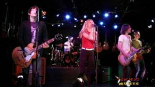 Juliette and The Licks - Money In My Pocket - Live on Fearless Music