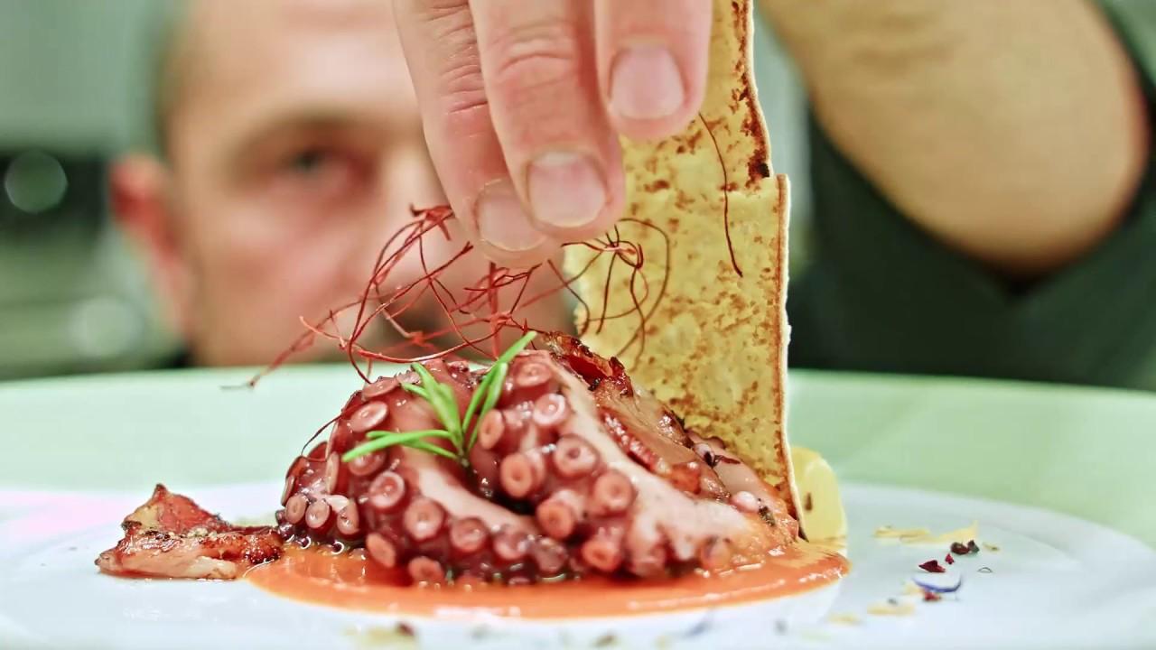 Palmaria restaurant portovenere youtube for Portovenere cuisine