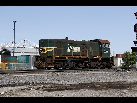 Melbourne area freight including 9102, 6MP4 and Y152- 2/10/15
