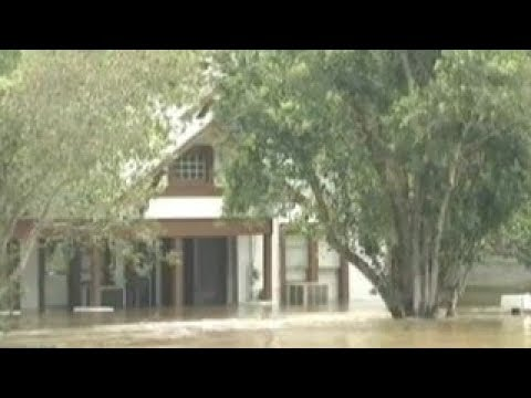 KTBC - More than 500 homes underwater in La Grange