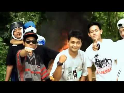 Alfred Rey (Siantar Rap Foundation) Feat Kye Andhika - Swagger Like Us