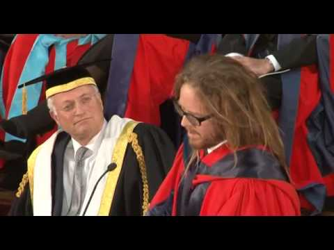 tim minchin youtube graduation speech